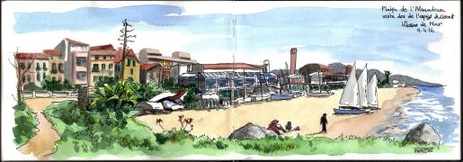 Vista de Vilassar de Mar des de l'espigó de Llevant a la Platja de l'Almadrava. | Vista de Vilassar de Mar desde el espigón de Llevant en la playa de la Almadrava. | Vilassar de Mar view from the Llevant breakwater in the Almadrava Beach.
